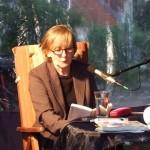 Lesung im Hof der Panketaler Buchhandlung Fabula